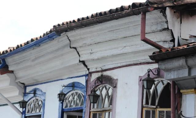 Patrimonio / Sobrado na rua da Direita, precisa de reforma