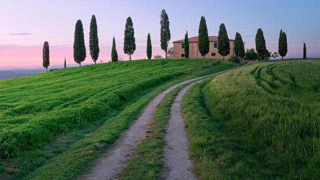 tuscany-roads-houses-trees-green-grass-landscape